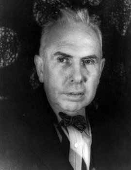 theodore dreiser novelist Dreiser's style is, nevertheless, important to the totality of his work it is as valid a part of his art as his creation of characters and selection of detail if the style seems to indicate something that is muddled, commonplace, undiscerning, cheap, and shoddy, it does so for the sake of artistic accuracy.