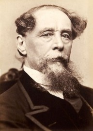 How to pronounce Charles Dickens