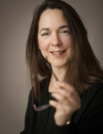 How to pronounce Lorrie Moore - Photo by Zane Williams