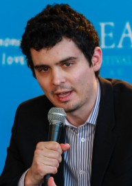 How to pronounce ​Damien Chazelle - Photo by Isabelle Veronese