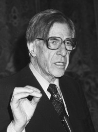 How to pronounce John Kenneth Galbraith - Photo by Dijk, Hans van/Anefo