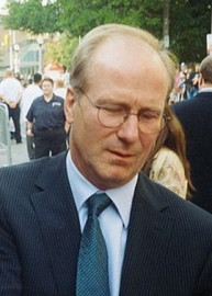How to pronounce William Hurt - Photo by Tony Shek