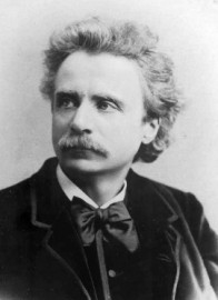 How to pronounce Edvard Grieg -  Photo by Elliott & Fry