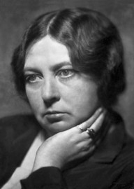 How to pronounce Sigrid Undset