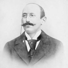 How to pronounce Alfred Dreyfus