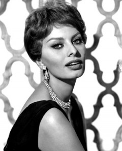 How to pronounce Sophia Loren - Photo by Paul A. Hesse Studios