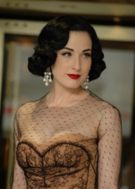 How to pronounce Dita Von Teese - Photo by Mireille Ampilhac