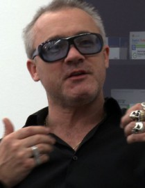 How to pronounce Damien Hirst - Photo by Christian Görmer