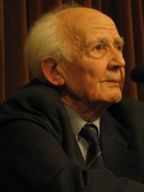 How to pronounce Zygmunt Bauman