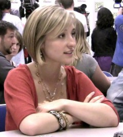 How to pronounce Allison Mack - Photo by Kristin Dos Santos