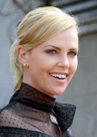 How to pronounce Charlize Theron (US) - Photo by Georges Biard