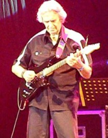 How to pronounce John McLaughlin - Photo by HenryFlower