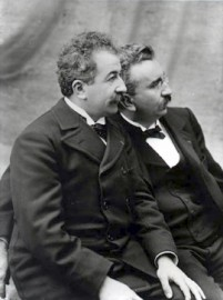 How to pronounce Auguste Lumière - The Lumière Brothers