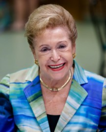 How to pronounce Mary Higgins Clark - Photo by Alvintrusty