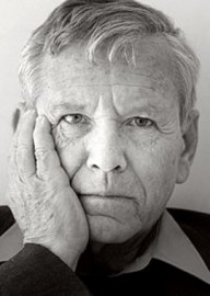 How to pronounce Amos Oz - Photo by Michiel Hendryckx