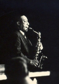 How to pronounce Johnny Hodges - Photo by Dontworry