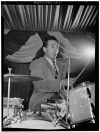 How to pronounce Gene Krupa - Photo by William P. Gottlieb