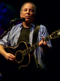 How to pronounce Paul Simon - Photo by Matthew Straubmuller